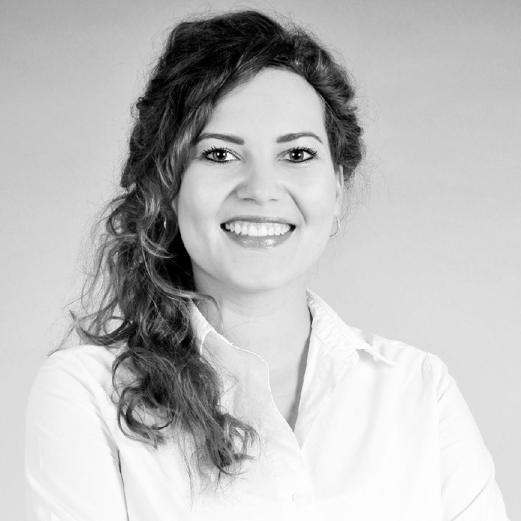 Sabine Zinkl
